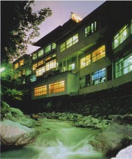 源泉の宿 鈍川温泉ホテル施設全景
