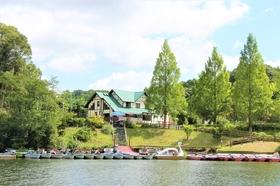 亀山湖 湖畔の宿 つばきもと施設全景
