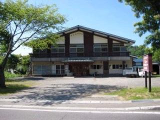 十和田湖バックパッカーズ施設全景