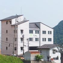 越後湯沢温泉 ホテルクライム施設全景