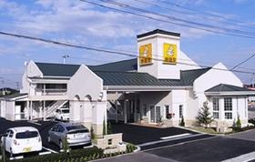 ファミリーロッジ旅籠屋・木更津金田店施設全景