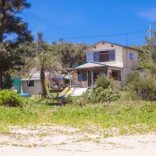 かりゆしコンドミニアムリゾート本部 THE BEACH GARDEN HOUSE施設全景