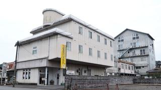 三浦屋温泉ビジネスホテル施設全景