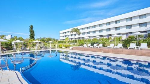 センチュリオンホテルリゾートヴィンテージ沖縄美ら海施設全景