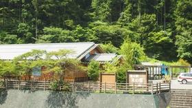 木の香温泉施設全景