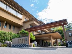 露天風呂と料理乃宿 山映閣施設全景