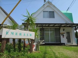 EMERALD−INN施設全景