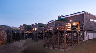 ネスタリゾート神戸 GLAMP BBQ PARK施設全景