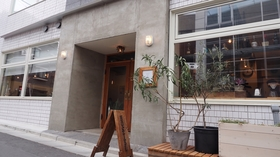 almond hostel & cafe 施設全景