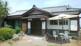 真鶴 釈迦堂 民宿 桜荘施設全景