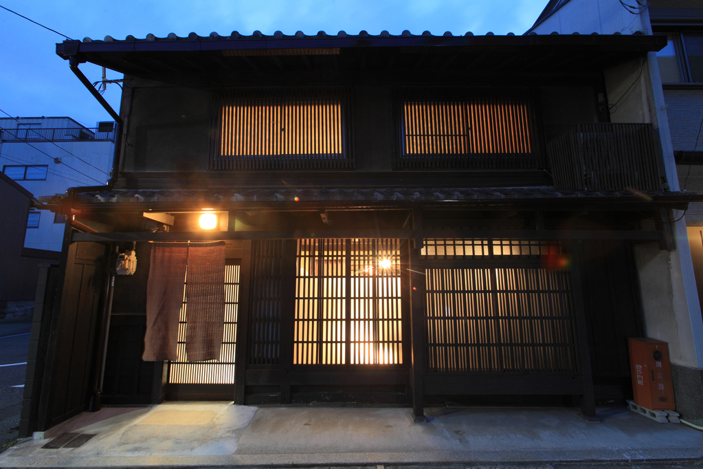 京町家の宿 幻 毘沙門