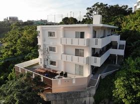 Dot Hotel Okinawa (旧グリーンガーデンヒルズ)施設全景