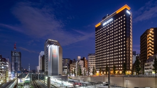 アパホテル<山手大塚駅タワー>(2019年10月11日開業予定)施設全景