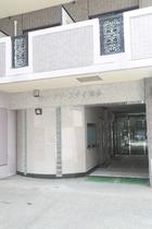 N.33 Hakata sta. East施設全景