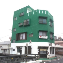堺ゲストハウス奄美<奄美大島>施設全景