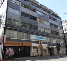 Hakata apartment施設全景