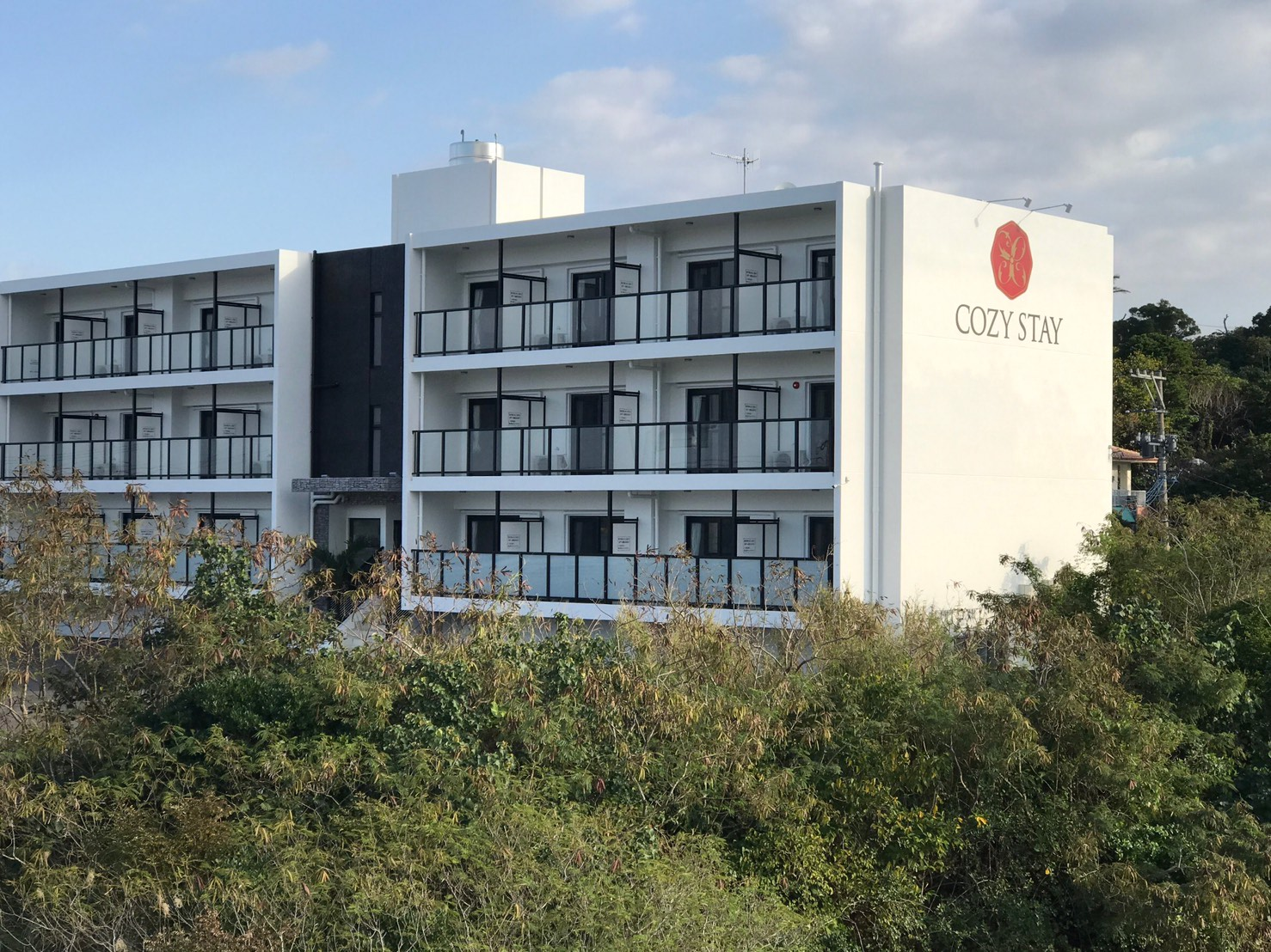 HOTEL COZY STAY IN恩納