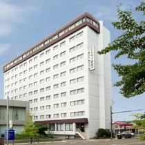 ホテルエコノ東金沢施設全景