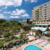 富士山温泉 ホテル鐘山苑施設全景