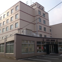 ホテル 奥田屋施設全景