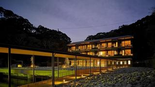勝浦温泉 ホテル中の島施設全景