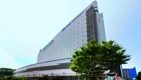 アパホテル<金沢駅前>施設全景