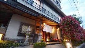 ちょっと小いきな7部屋の宿 料理旅館 紅柿荘施設全景