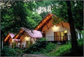 森の小さなリゾート村 桜清水コテージ施設全景