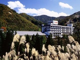 ホテル湯元施設全景