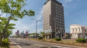 アパヴィラホテル<燕三条駅前>(アパホテルズ&リゾーツ)施設全景