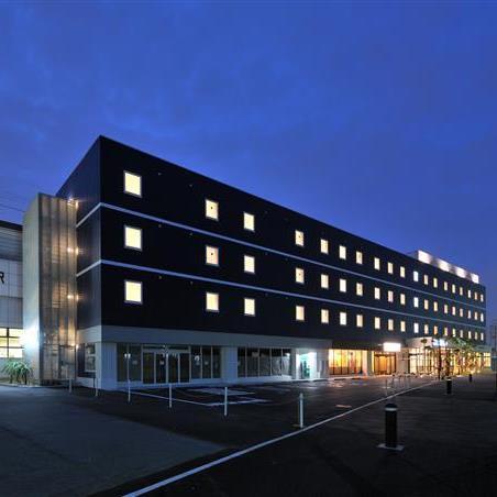 CVS・BAY HOTEL 本館(CVS・ベイホテル本館)