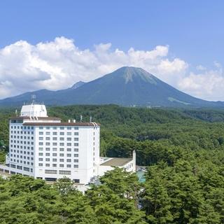 ロイヤルホテル 大山(旧:大山ロイヤルホテル)施設全景