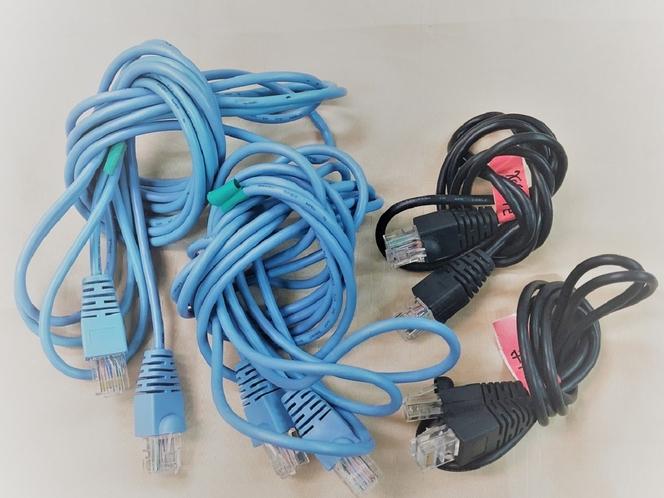 LANケーブルの貸し出しサービスもございます!お部屋でネットができます(^-^)