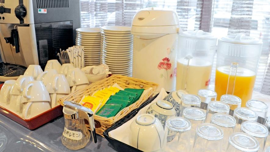 【朝食】ドリンクコーナー。牛乳もございます☆