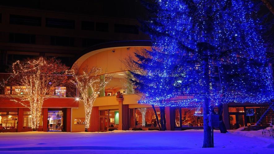 ■ホテル中庭/冬のイルミネーション