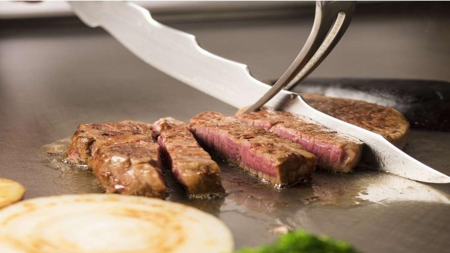 ■鉄板焼き【コタン】/目の前で焼きあげるお肉で贅沢な一時を