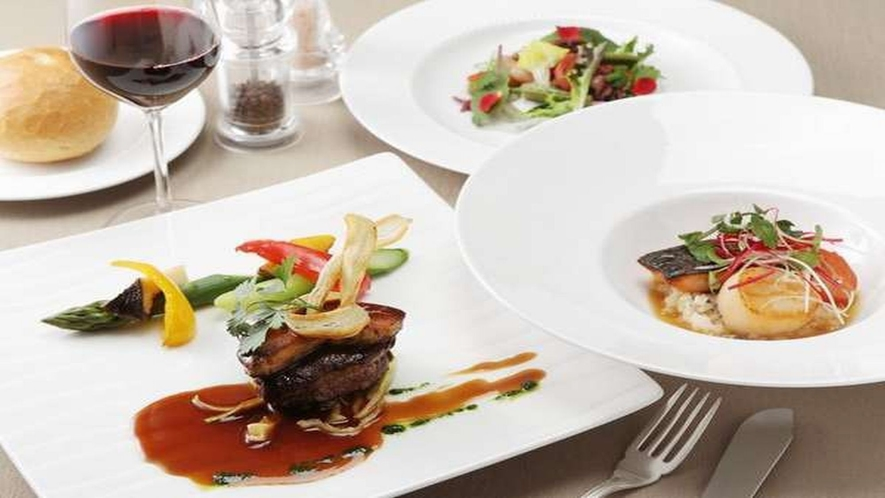 ■十勝の食材を使ったレストラン「バード・ウォッチ・カフェ」の洋食コース料理※一例