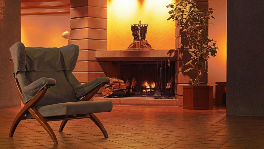 ■ホテルロビー/暖炉