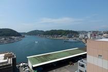 ホテルからの風景 漁港側