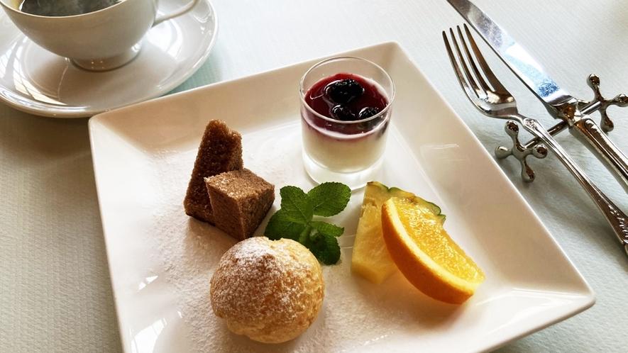 朝食:デザート&コーヒーイメージ