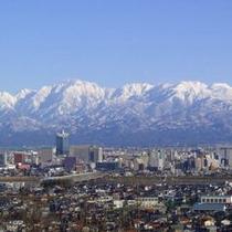 □立山連峰【富山市内からの眺望】