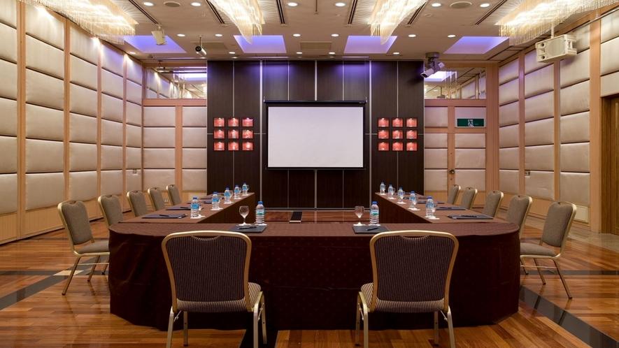 【宴会/会議室 桜】大規模な宴会・イベントにも対応可能です