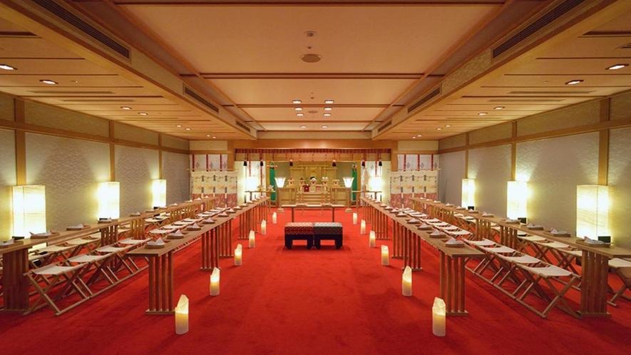 神殿「瑞鳥殿」では、古き佳き日本の伝統に彩られた格式ある挙式が叶います
