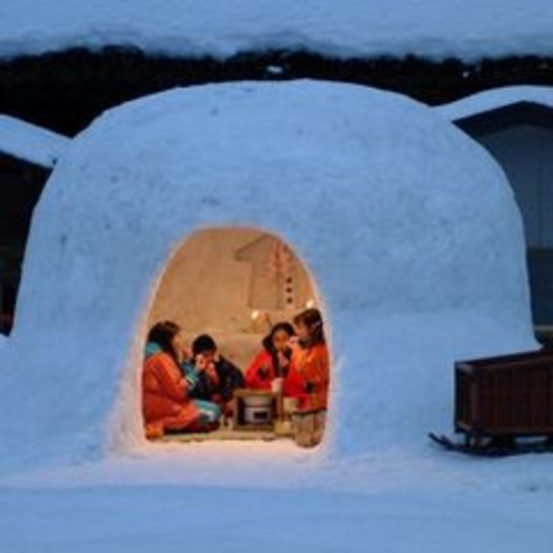 秋田の冬の風物詩【かまくら】