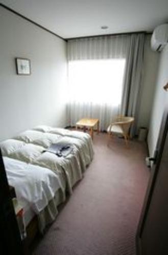 コテージ寝室