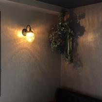 ツインルーム 灯り
