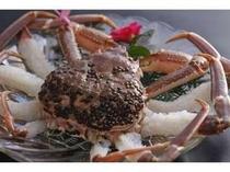 5. 活かにの姿のお造り。ぷりぷりの食感を堪能して下さい。※別注¥3000〜3月20日までです。