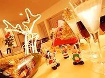 白銀の中の素敵なホワイトクリスマスを!皆で楽しいクリスマス、シルクウッドでもお手伝い