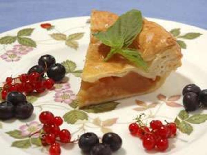 シナモンもちょっと効いた、長野名産!りんごのアップルパイも大変美味しい!