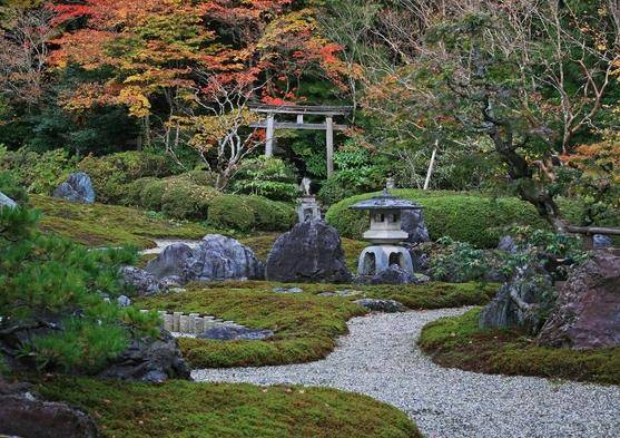 【夏秋旅セール】【グレードUP】〜ここからしか見えない眺望〜庭園を見下ろすお部屋